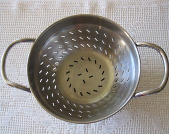 """Footed Colander Small Heavy Duty 6"""" Across ~ Well Constructed Stainless Steel"""