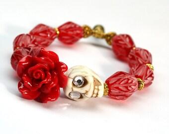 Skull Bracelet, Sugar Skull Bracelet, Day of the Dead Bracelet, Red Flower Bracelet, Skull Stretch Bracelet, Lucite Bracelet