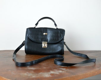 Vintage Crossbody Bag // Small Black Ladies 1980s Faux Leather Purse