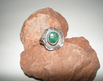Green Turquoise Ring Modernist Navajo Dead Pawn Hand Made- Vintage 40s Native American Silver Jewelry
