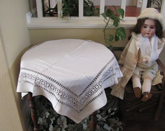 "Table Linens Vintage Solid White Drawnwork Linen Cotton Tablecloth - 30"" Square (#120)"