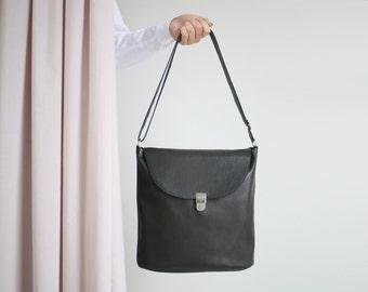 Bucket Bag  Black Leather with Cotton Lining, big hobo bag, shoulder bag, leather shopper, crossbody bag
