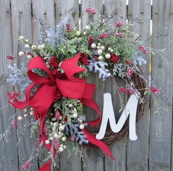 Holiday Wreath, Christmas Wreath, Icy Burlap Wreath, Christmas Red Burlap, Front Door Wreaths, Christmas and New Years Decor, Wedding