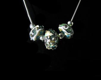 Beaded Lampwork Neckalce, Artistian Beaded Necklace, Earthy beaded necklace, Sterling silver glass necklace, artisitian made beads