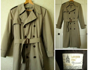 Trench Coat belted raincoat tan khaki all weather zip out lining London Fog classic hipster military spy vintage 70s men 40 long medium