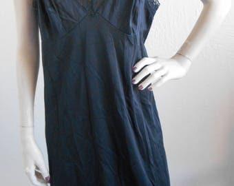 Vintage Full Slip Black Vanity Fair Size 40 Slip Dress