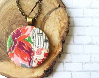 Essential Oil Vintage Quilt Diffuser Necklace