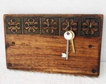 Wall Mount Key Storage, Key Rack, Key Hooks, Antique Effect Rustic Wooden Hanger, Necklace Holder, Moroccan Decor