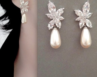 Brides earrings ~ Pearl drop earrings ~ Marquise cut posts ~ Wedding earrings ~ Cubic zirconias ~ Leaf design ~ Lux ~ LILLY