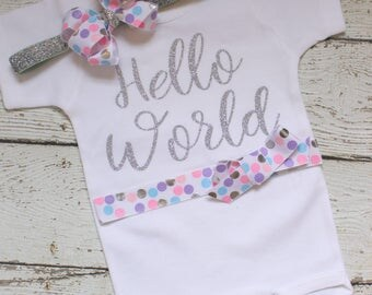 Hello World Baby Outfit, Hello World Coming Home Outfit, Hello World Take Home Outfit, Hello World Bodysuit with Headband, pink Silver
