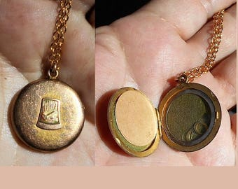 Antique Victorian Mourning Hair Gold Fill or Better Locket Wisp of Blonde Hair  Keepsake Can Be Opened Modern Woodmen of America. Only 79.90
