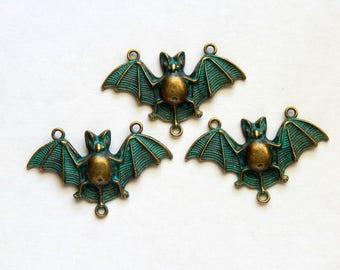 Patina Bat Connector Pendants - Green Patina Antique Bronze Bat Connector - 3 PC (INDOC365)