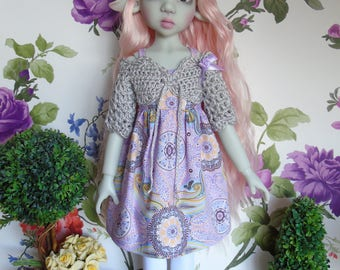 Lilac Paisley dress, grey crochet shrug and hat outfit clothes for Kaye Wiggs Kaze Kidz Laryssa Abby MSD BJD dolls 1/4