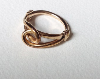 reserved don't buy Vintage 1980 Ring bow gold tone