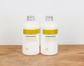 Organic Shower Gel. Body Wash. Grapefruit, Lemon and Cedarwood. Vegan. 250ml. Made with Liquid Soap. Great Gifts for Women - Gifts for Men.