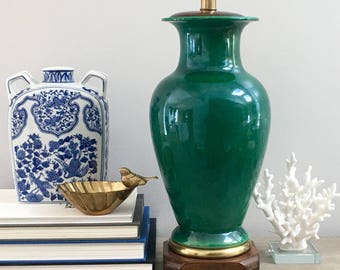 Vintage Frederick Cooper Green Lamp Asian Ginger Jar Vessel End Table Lamp Chinoiserie Chic Preppy Decor