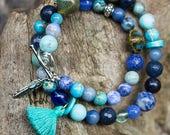 Blue bracelet on memory w...
