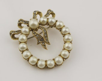 Bow and Wreath Brooch Gold Plated Tone with Glass Stones and Faux Pearls