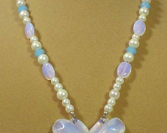 """Awesome 20"""" Opalite and Pearl necklace - N486"""