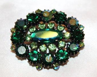 SALE! Vintage Couture Emerald & Peridot Green Rhinestone Aurora Borealis Chaton Brooch BU