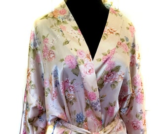 Gorgeous Vintage Robe, California Dynasty Robe, Size Large Gorgeous Pastel Colors Wrap Around Robe Kimono Sleeves Luxurious Silk Look & Feel