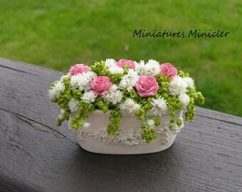 Miniature Dollhouse Garden Flower Container