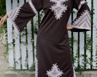 Maxi Kaftan dress bohemian 70's vintage robe hippie butterfly sleeve ethnic diva missionary brown white cording embroidery goddess