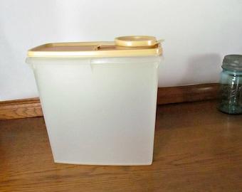 Tupperware Almond Color Velveeta Keeper