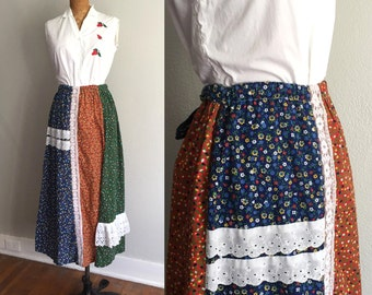 Vintage 1970s Skirt / SALE 70s Patchwork Floral Blue White Eyelet Red Lace Trim Prairie Cotton Full Length Maxi Skirt - Small - XS S