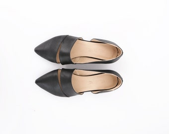 Pointy flats Black Leather shoes women's  Slip Ons Pointed Toe flat shoes summer spring style handmade ADIKILAV On Sale