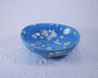 Sky Blue Jewelry Dish, Dainty Blue Bowl, Modern Dish, Cloudy Sky Dish, Wedding gift, Sky Blue Jewelry Holder, Crystalline Blue Soap Dish