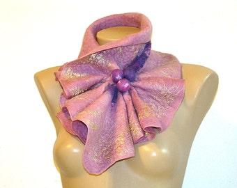 Felted Wool Scarf Neckpiece Collar. Shibori pale violet pink.  Wrap wool scarf. Nuno felted. Elegant accessory. Eco friendly