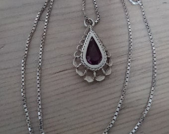 Vintage amethyst and sterling silver drop pendant and chain