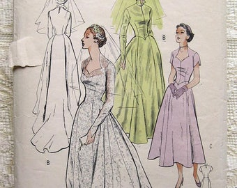 Vintage 50's Sweetheart Neckline Bridal Gown Sewing Pattern. Butterick 5269 Size 12