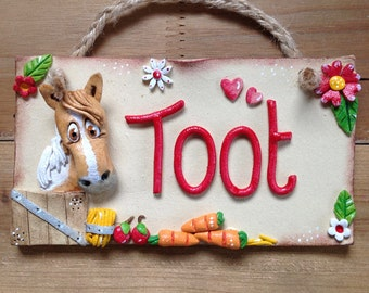 Personalised Horse Name Plaque, Stable Stall Sign, for Horses and Donkeys, Ceramic plaque