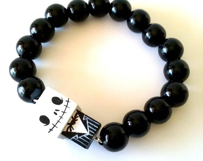 """Featured listing image: Bracelet figurine cubique """"Jack"""" perles bois laquées noires ou blanches"""