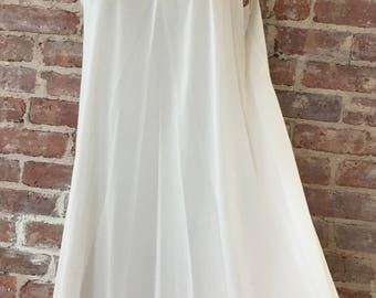 M / Peignoir Nightgown / Vintage Negligee / Romantic Nightgown / Summer Nightgown / Semi Sheer