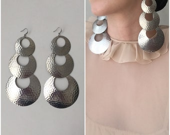 "Vintage oversized 5"" hammered metal triple circle dangling earrings for pierced ears / silver tone"