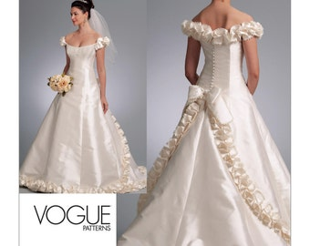 1095, Vogue, Wedding Dress Pattern, Train, Bridal Gown, Formal Wedding, Formal Gown,Bellville Sassoon , Formal Evening Gown,