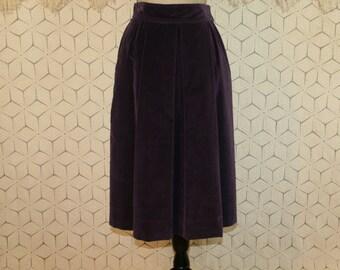 Vintage 70s Purple Velvet Skirt High Waist Midi Skirt Pleated Full Skirt with Pockets Small Medium Womens Skirts 1970s Vintage Clothing