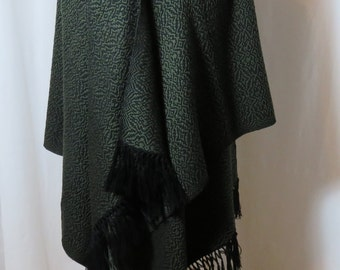 Made to Order Shawl, Custom Hand Woven Shawl in Soft Wool,  Green and Black Wrap, Oversize Scarf, Bespoke Shawl