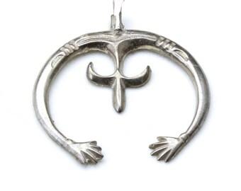 Vintage Sterling Silver Navajo Naja Crescent Necklace Pendant Sandcast