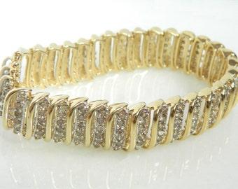 Beautiful 14K Gold 6.00 Carats Champagne Diamond Bracelet