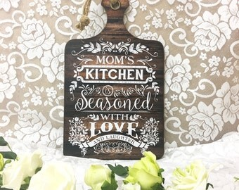 Personalised Kitchen Sign, Mom Gift, Mum Gift, Mothers Day, Granny Gift, Grandma Gift, Mom's Kitchen, Chopping Board Sign, Grandma's Kitchen