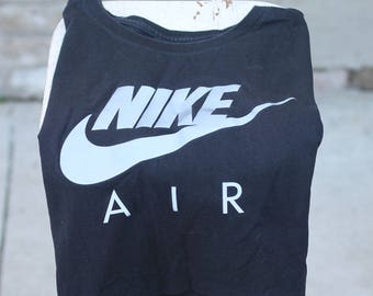 Nike AIR Crop Top T-Shirt in Black with Reflective Logo