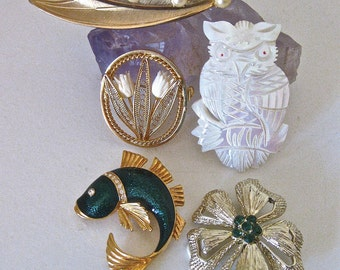 Brooches / Collection of Five Mid Century Pins