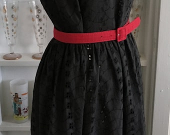 1950s Vintage Black Eyelet Cotton Dress with White Trim
