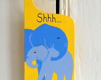 Elephant door hanger, Nursery door sign, Elephant Nursery decor, Baby shower gift, personalised door sign, Elephant decor, yellow