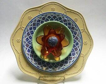 Yard Art - Glass Garden Flower - Garden Art - Plate Flowers - Art Flowers - Glass Flowers - Dish Flowers - Outdoor Decor - Garden Decor