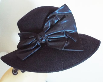 Vintage Ladies Hat  NAVY  Wool Wide Brim Hat with Large Satin Bow and Banding by Kangol